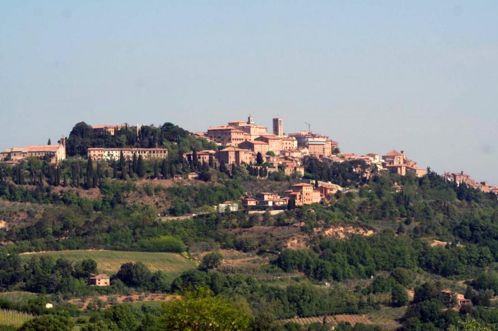 Montepulciano City_Fotor